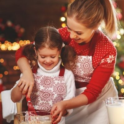 14 Wonderful Family Christmas Traditions Your Kids Will Love
